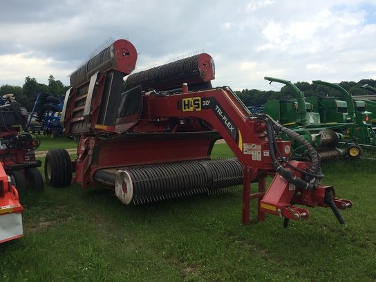 2012 H&S TFM2130 in Marion,