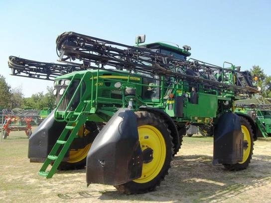 2011 John Deere 4730 in