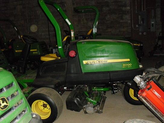 2010 John Deere 8000 in