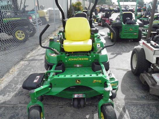 2012 John Deere Z910A in