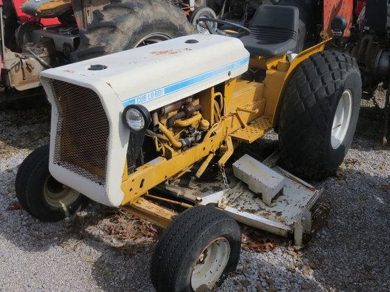 Cub Lo-Boy CUB Tractor With