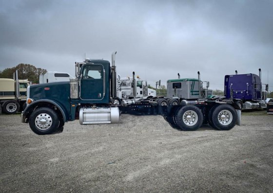 2009 Peterbilt 367 CAB & CHASSIS in Olive Branch, MS, USA