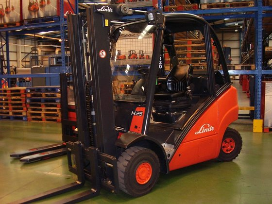 2015 Linde H25T(392) in United