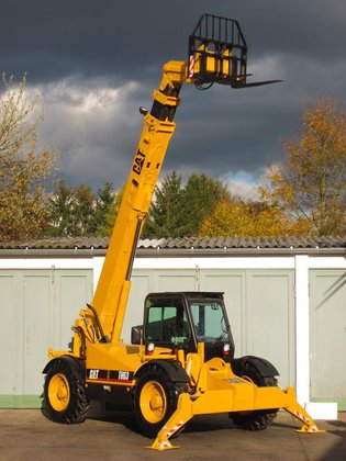 2000 Caterpillar TH63 TURBO 4x4x4
