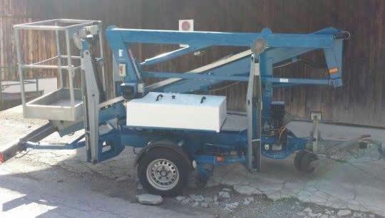 2001 Genie Niftylift 120 Anhängerbühne