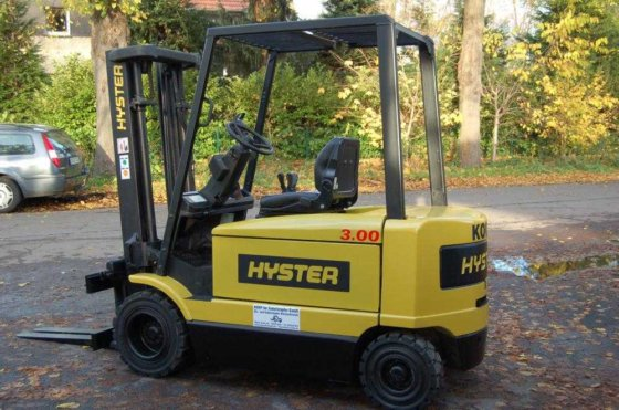 2001 Hyster J 3.00 XM