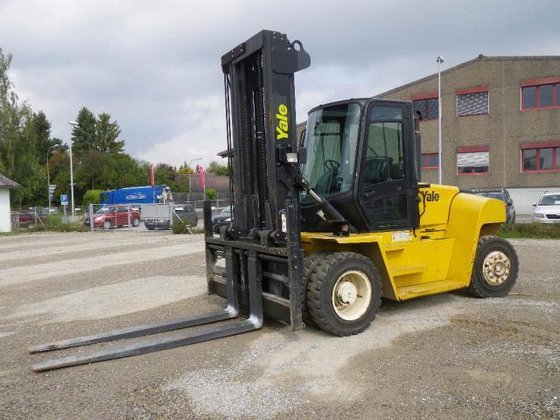 2008 Yale GDP120DB in Langenthal,