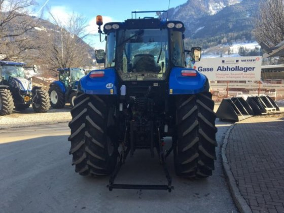 2015 New Holland T5 95 Electro Command in Burgkirchen, Austria