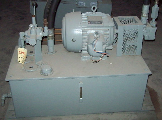 3 HP Vickers Hydraulic System;