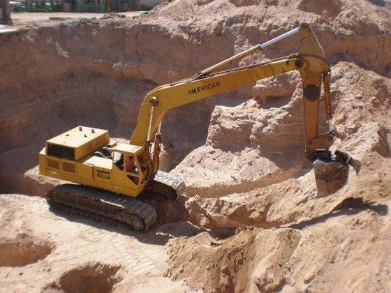 American 45A Excavator in Casa