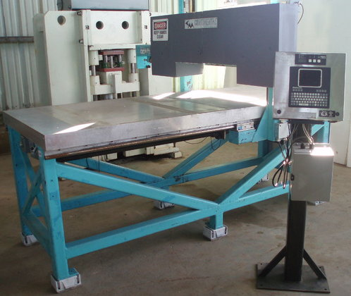 Continental Horizontal Band Saw; travelling