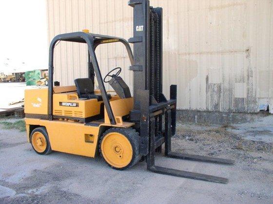 15, 000 lb. Caterpillar T150D