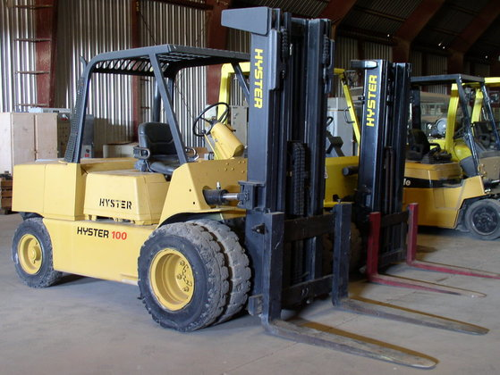 10, 000 lb. Hyster H100