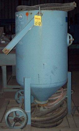 Pangborn 100AA-4 Portable Sandblasting Tank