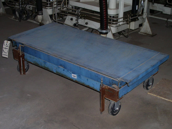 Scissor Lift Table; Without Cart