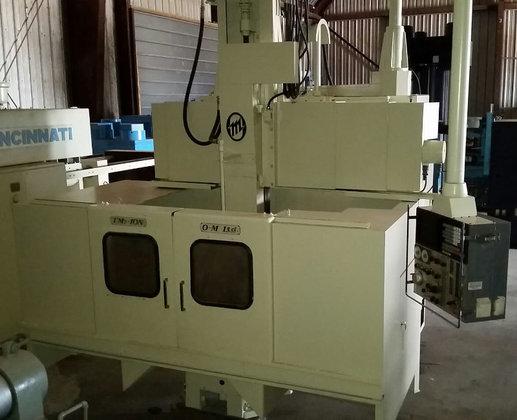 O-M TM2-10N CNC Vertical Turret