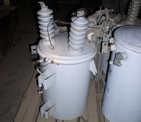 10 kVA Pole-Mount Transformer in