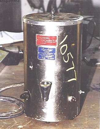 electric parafin dispenser/melter by lipshaw.model