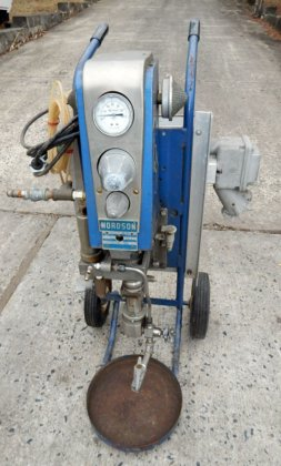 nordson air operated piston pump.model