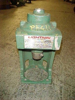 Lightnin N33ar 33 #11342 in