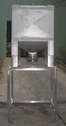 Mueller 300 Gallon Liquid Tote