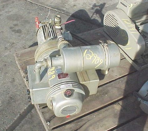 rotary vacuum pump by rietschle