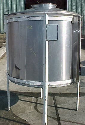 500 gallon.stainless steel.closed top tank.featuring
