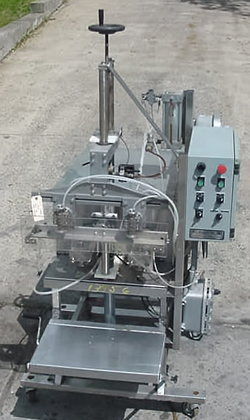 Kiss Automatic Twin Pump Filler