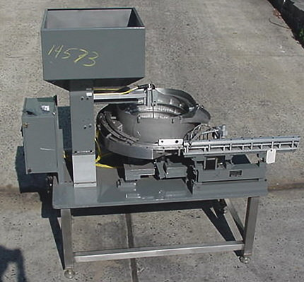 vibratory parts feeder by hendricks