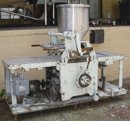 Geyer Four Piston Filler J