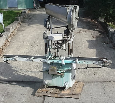 fully automatic single head capper