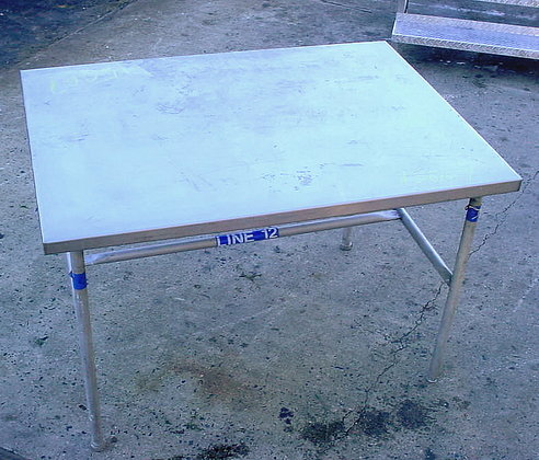 "stainless steel sanitary work table.36"""