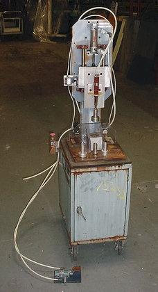 Semi Auto Pneumatic Capper Semi
