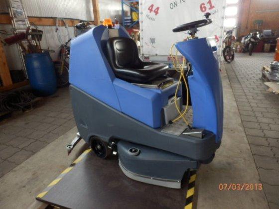 2010 NUMATIC Scheuersaugmaschine TTV678/300 T