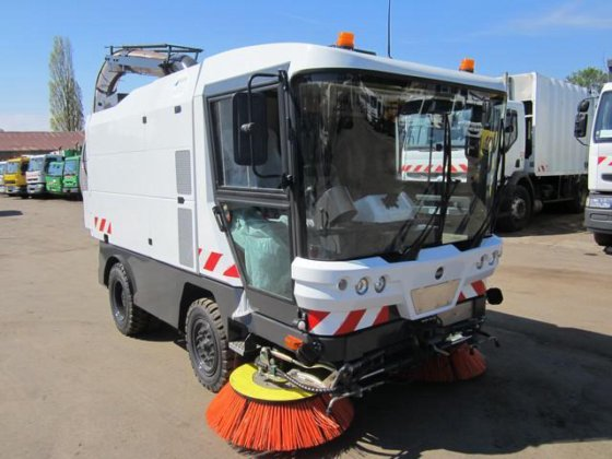 2006 Mathieu Ravo Sweeper in