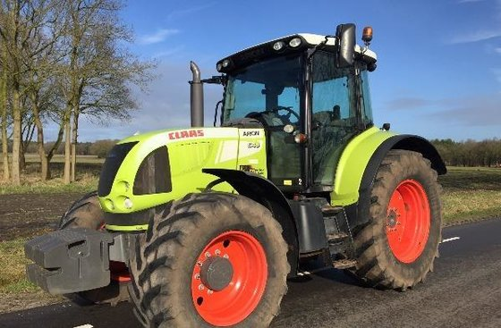 2010 CLAAS Arion 640 Wheel