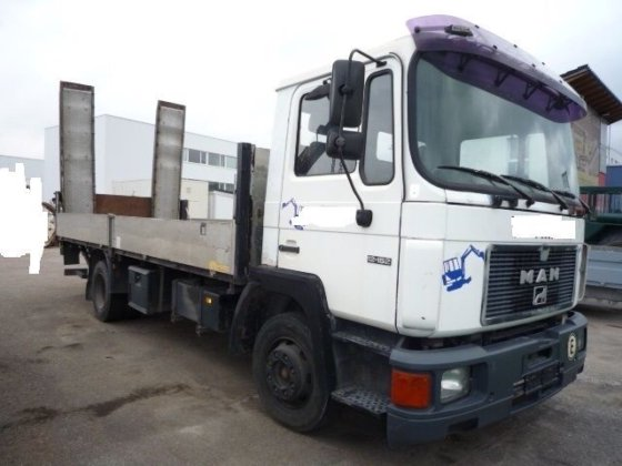 1991 MAN 12.152 F Baggertransporter