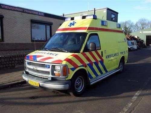 2000 CHEVROLET Chevy Van ambulance