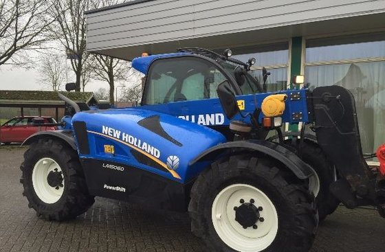 2012 New Holland LM 5060