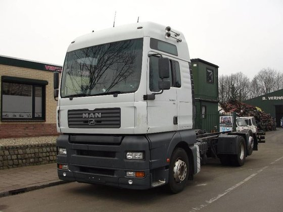 2002 MAN 26.460 Cab chassis