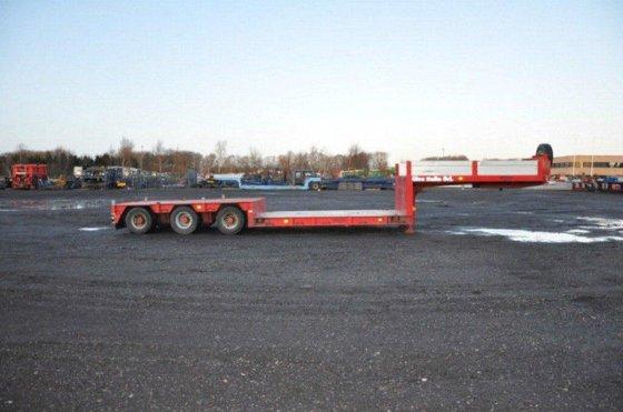 2005 Broshuis Tiefbett Low loader