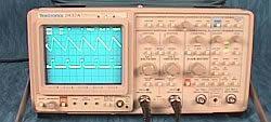 Tektronix 2432A 300 MHz, Digital
