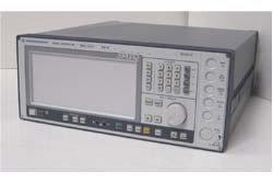 Rohde & Schwarz SMIQ06L 300