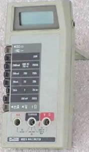 Fluke 8022B Handheld Digital Multimeter