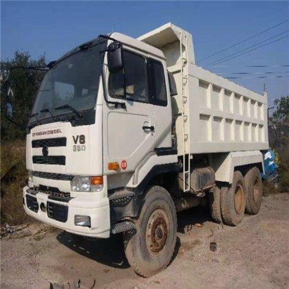 Japan brand nissan ud truck 10 wheels v8 350 tipper truck 30 ton 40