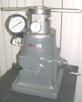 Tinius Olsen Type R12 12