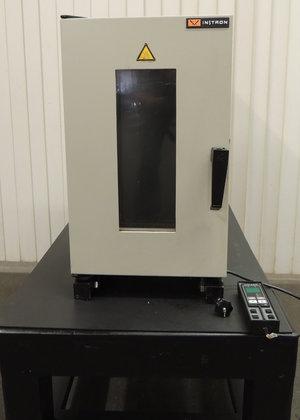 Instron Series 3119 3119-005 Temperature