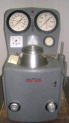 30 K Tinius Olsen BP-612N