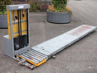 Gebraucht Taks Kistenlift Mit Rollenbahn In Rotterdam Netherlands