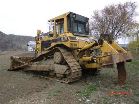 1994 CATERPILLAR D8N in Edmonton,